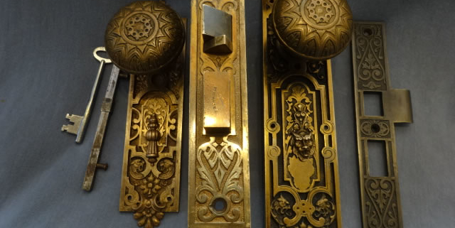 Antique Doorknob Sets